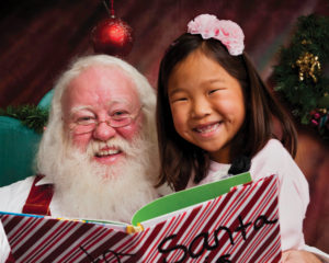 santa-and-asian-girl